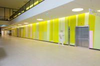 10-RMK-Farbwand-Erdgeschoss-Eingangshalle