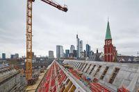 05_-Blick-vom-Dach-auf-die-Skyline-und-das-Museumsquartier-Stadt-Frankfurt-Foto-LUMEN