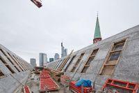 08_Im-Doppelgiebel-des-Ausstellungshauses-Stadt-Frankfurt-Foto-LUMEN